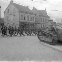 "Aus dem Archivportal: ""Im Blickpunkt - Beginn der Besetzung des Ruhrgebiets"""