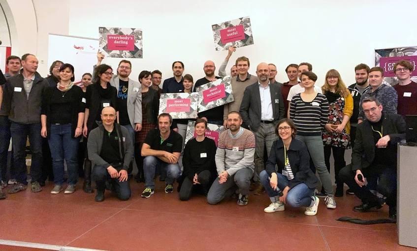 Die glücklichen Gewinner von Coding da Vinci Rhein-Main! (Foto: Stephan Bartholmei/Deutsche Digitale Bibliothek)