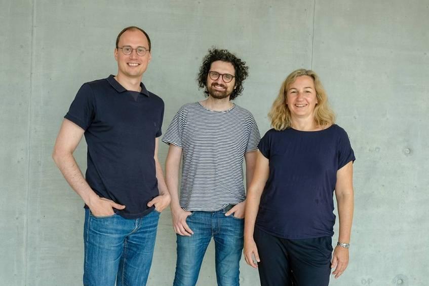 Die Coding da Vinci Geschäftsstelle (v.l.n.r.): Philippe Genêt, Ilias Kyriazis und Andrea Lehr, Fotograf: Stephan Jockel/DNB (CC-BY 4.0 International)