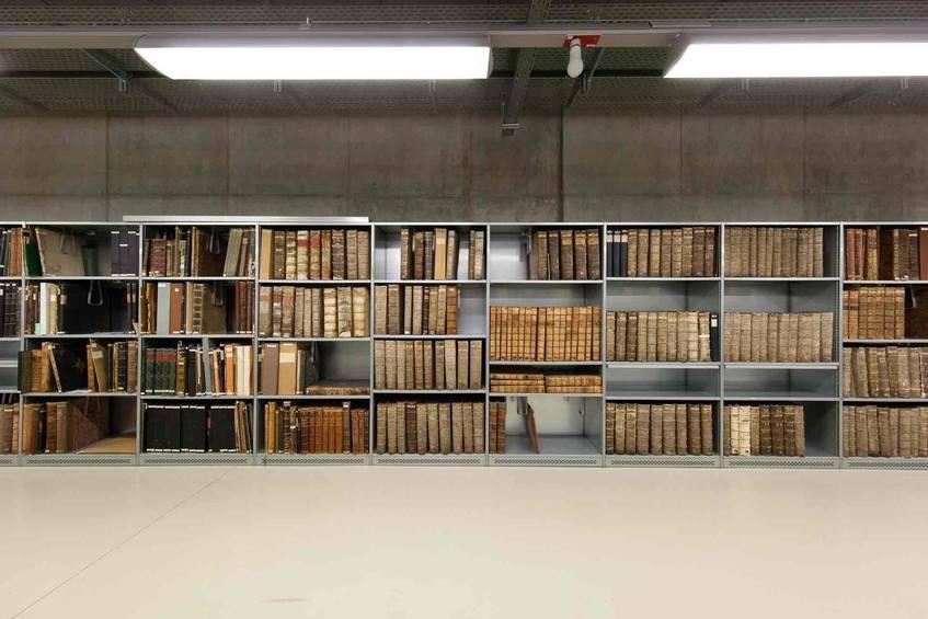 Magazin Altbestand in Ebene -2 (unterirdisch), Sächsische Landesbibliothek – Staats- und Universitätsbibliothek Dresden, 2015. Foto: Deutsche Digitale Bibliothek/Jürgen Keiper