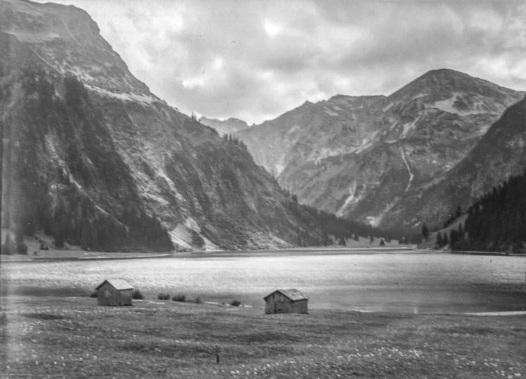 """Landschaft"", ca. 1925 - 1950, Füssen (Lkr. Ostallgäu), Fotograf: Heinrich Mayer, Archiv des Erzbistums Bamberg (CC BY-SA 4.0 International)"
