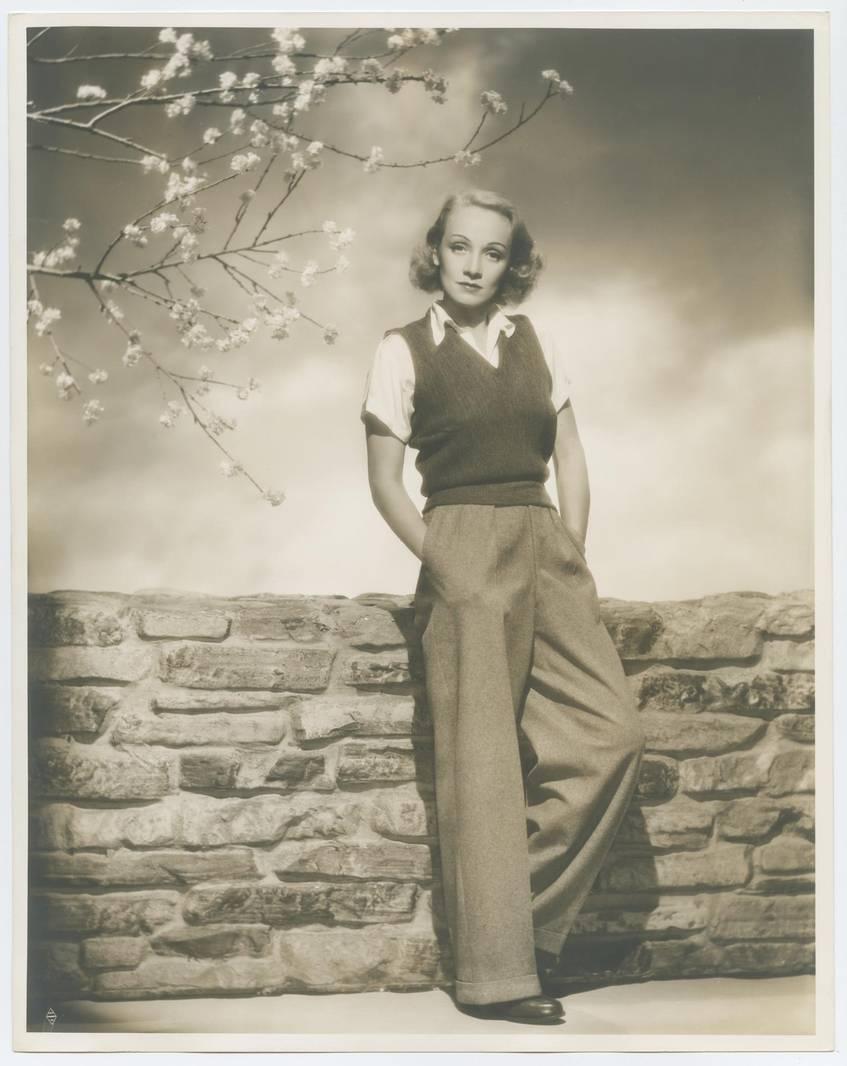 Marlene Dietrich (Los Angeles, 1940)