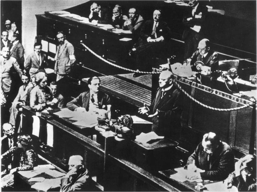 Stresemann Bundesarchiv, Bild 146-1988-101-12 / Fotograf(in): o. Ang.