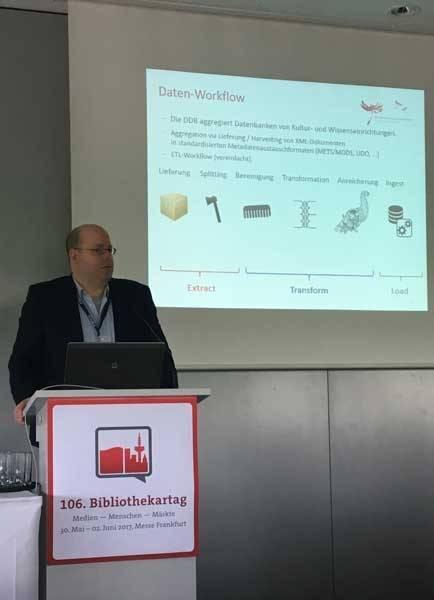 Stephan Bartholmei (Produktentwicklung und Innovation) im Vortrag