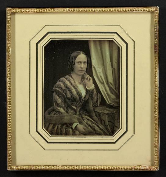 Wehnert-Beckmann, Bertha; Sitzende Dame mit Pelzstola, Deutschland, Museum Ludwig