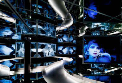 Spiegelsaal in der Ständigen Ausstellung, Deutsche Kinemathek – Museum für Film und Fernsehen, Foto: Marian Stefanowski, Quelle: Deutsche Kinemathek